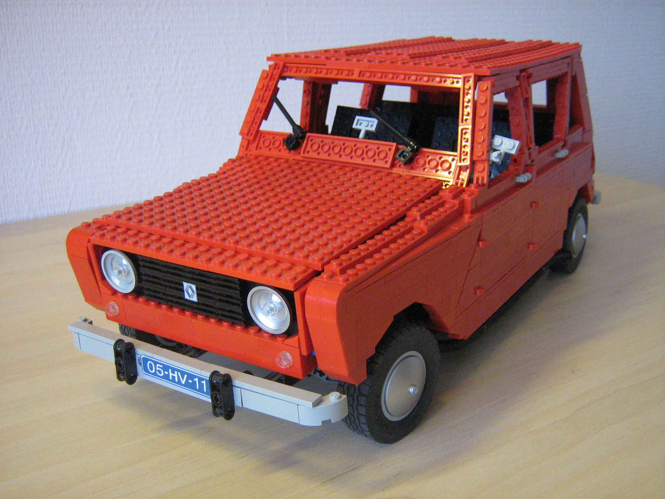 Lego renault 4